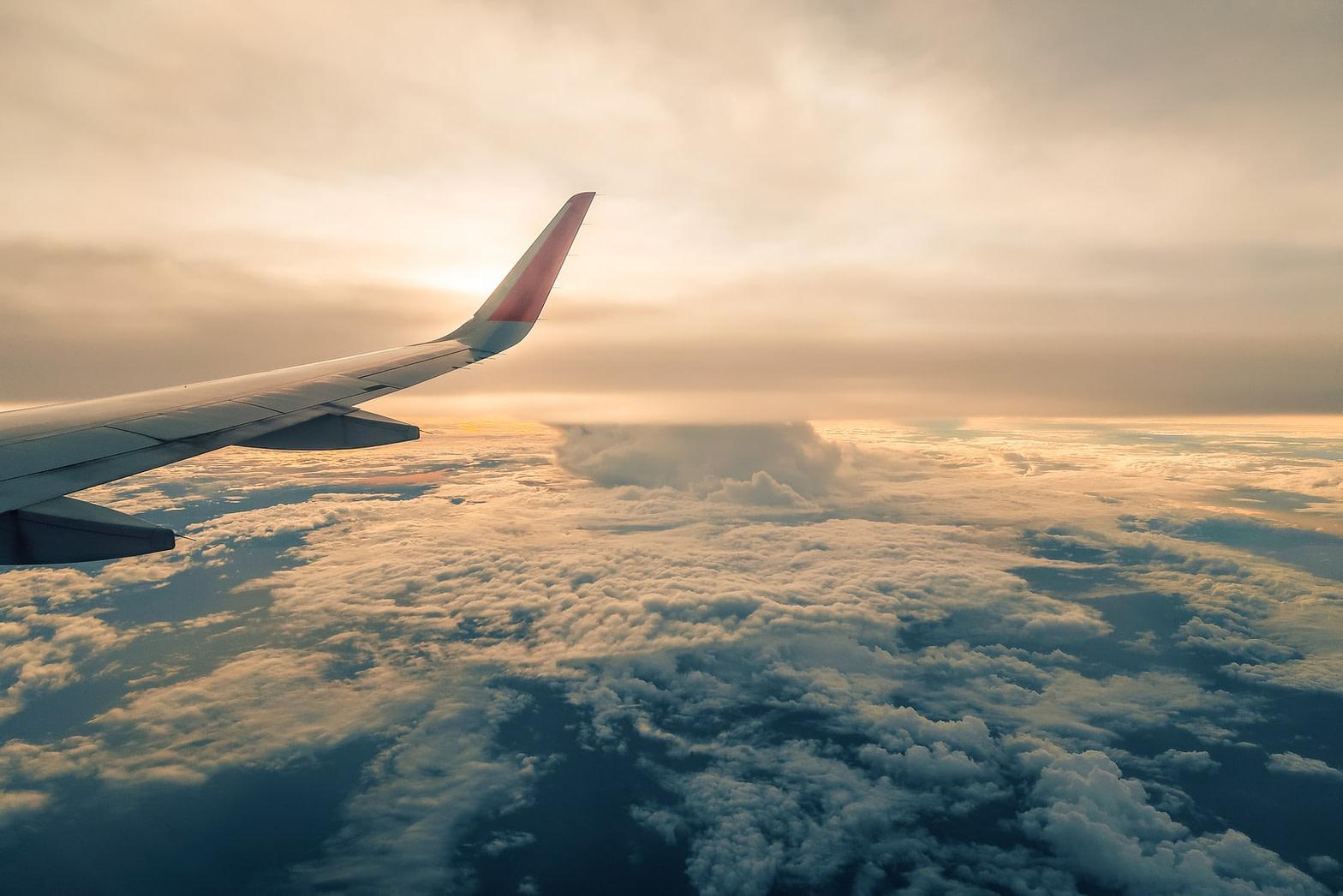 رحلات طيران جنيف جدة gva jed