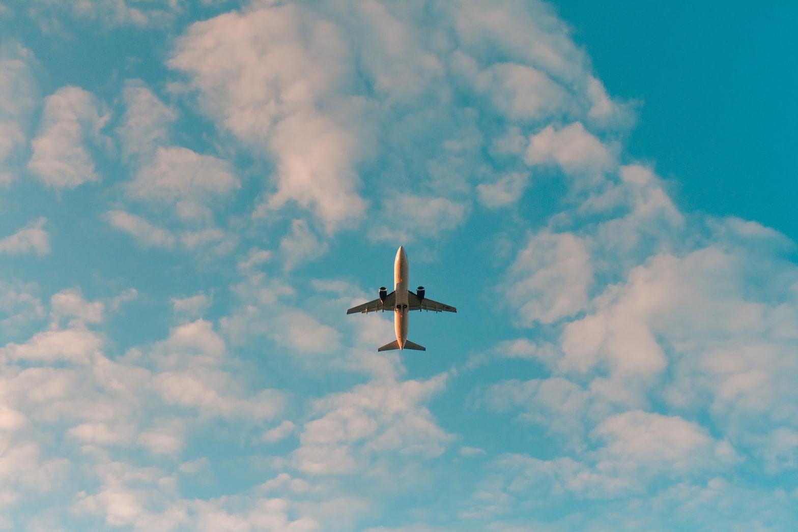 رحلات طيران واشنطن جدة IAD JED