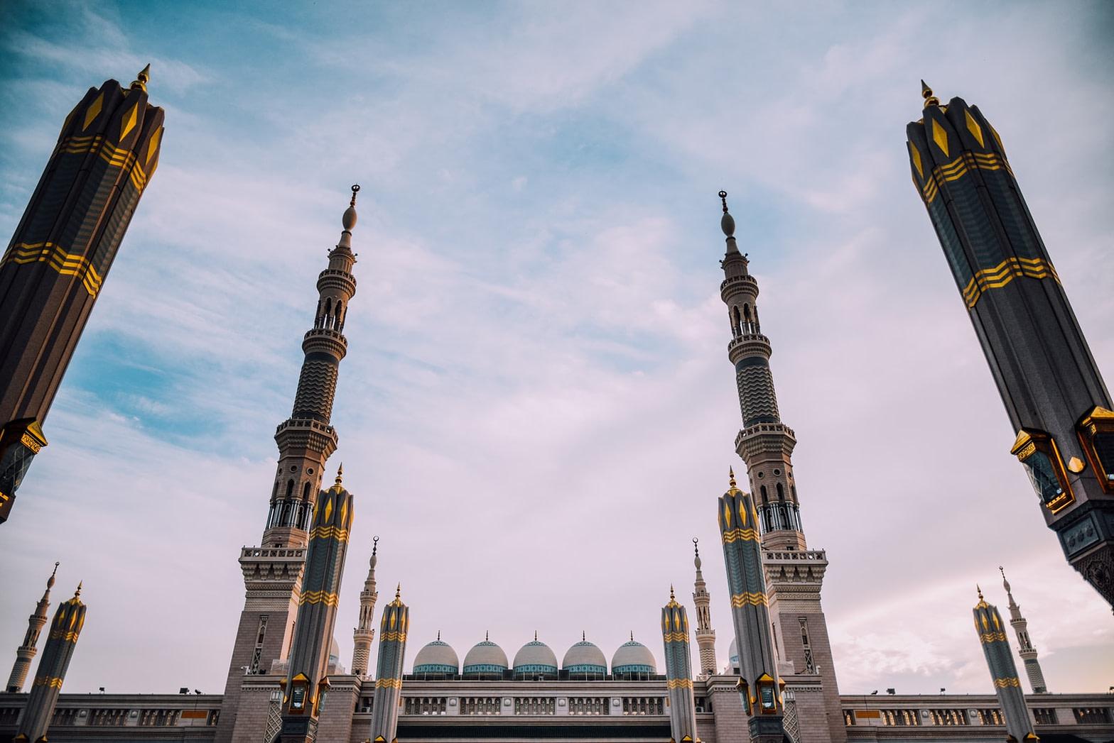 معلومات عن الرحلات من الرياض الى المدينة