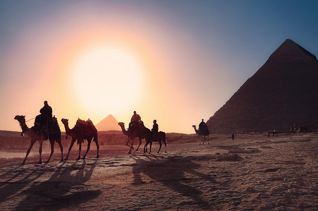 يمكن للسعوديين السفر الى مصر بدون فيزا