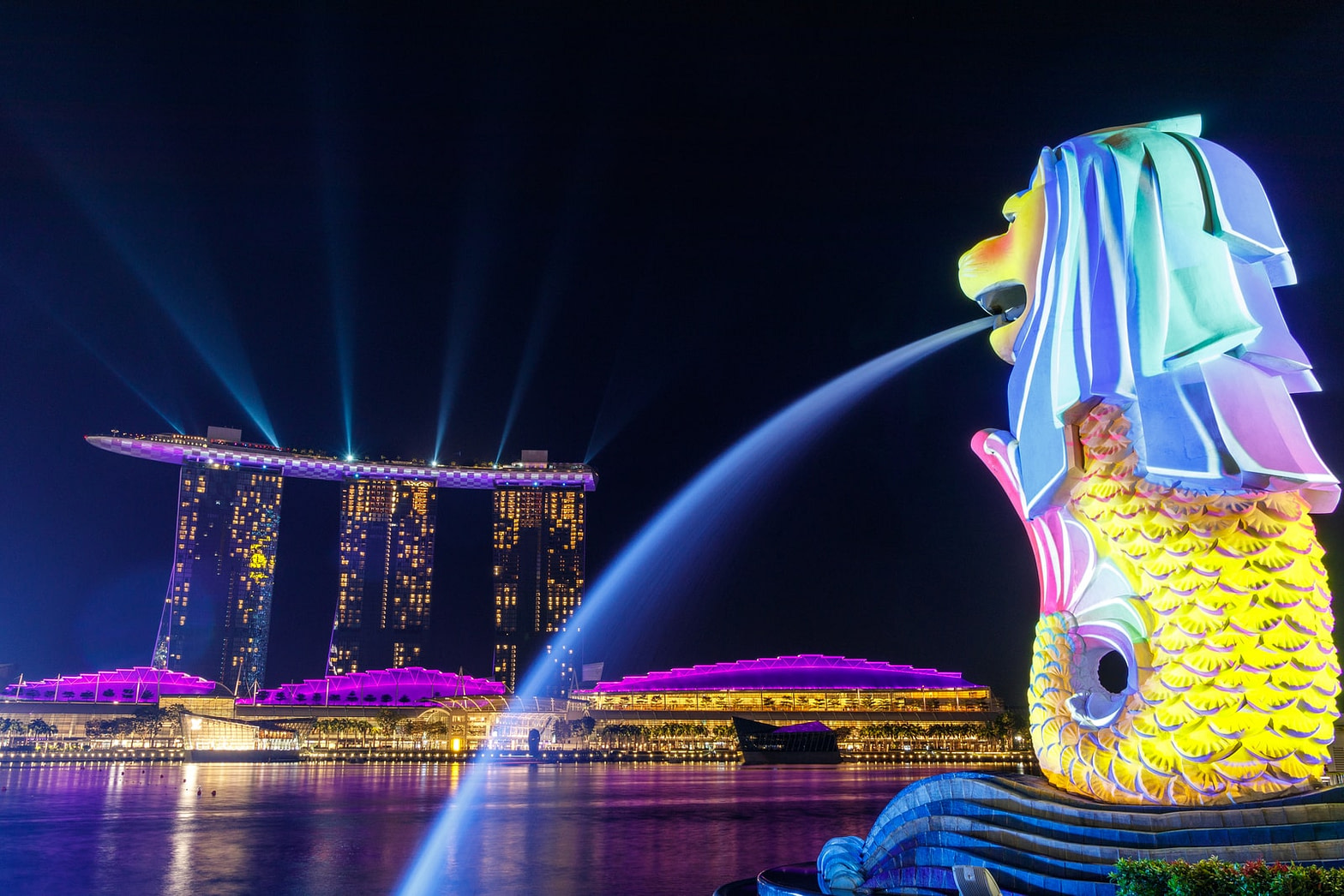 SINGAPORE-SIN-سنغافورة