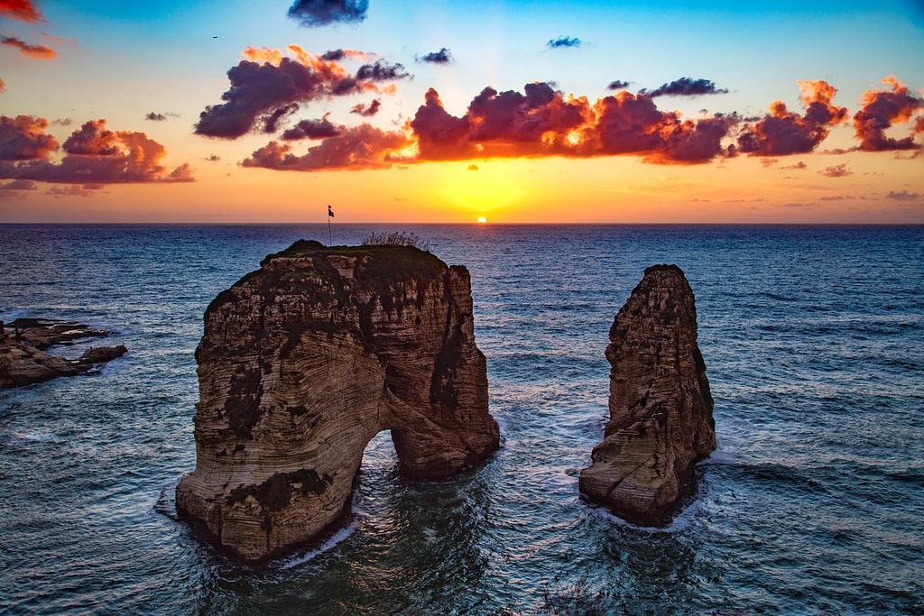يمكن للسعوديين السفر بدون فيزا للبنان